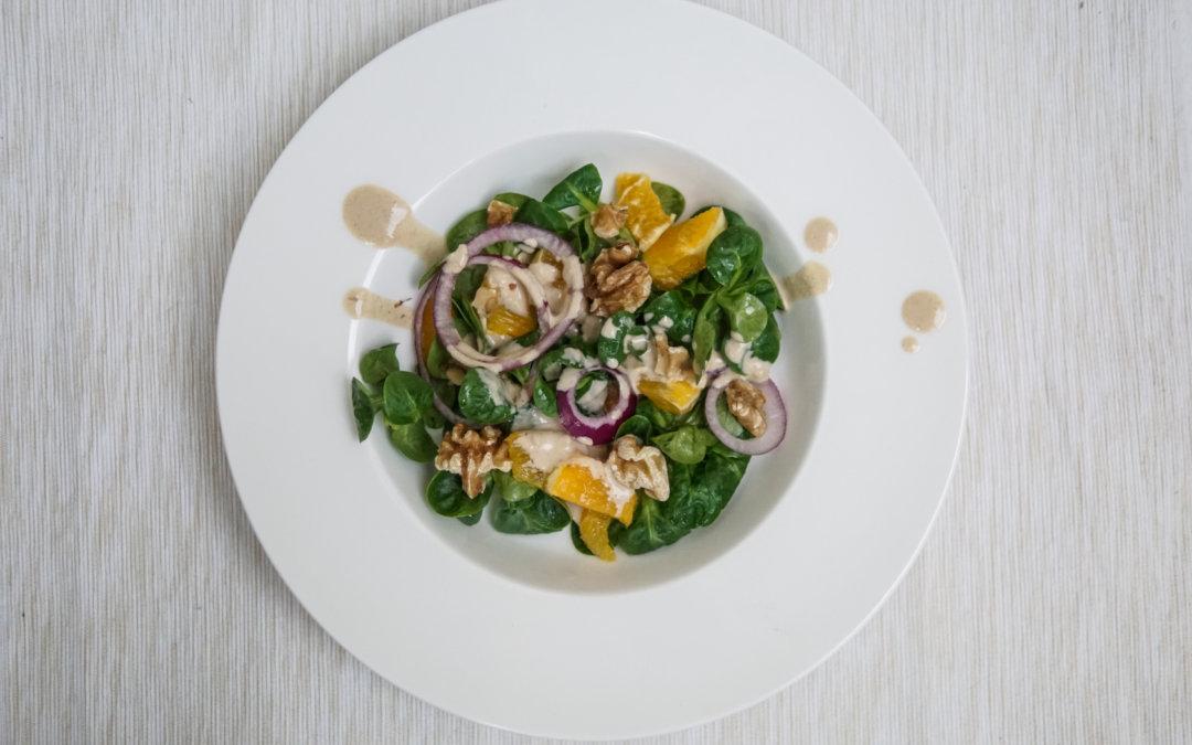 Rezept | Feldsalat mit Orangen und Walnüssen
