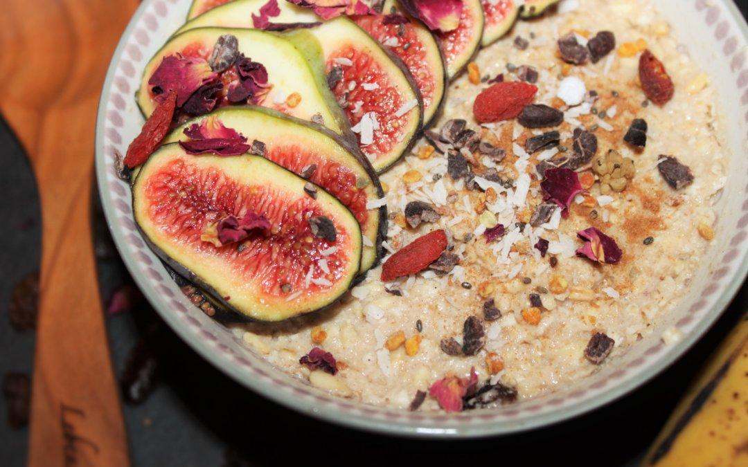 Rezept | Haferporridge mit Apfel und Rosinen (roh)
